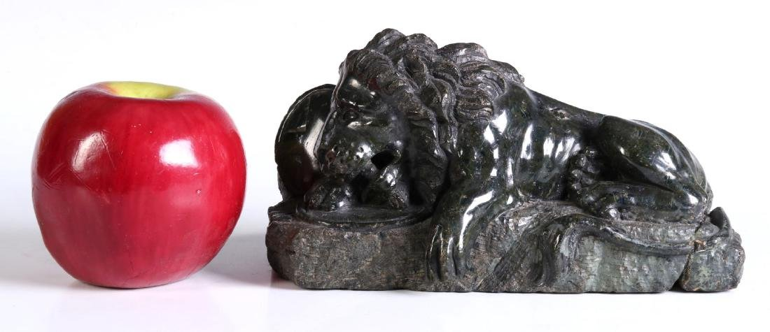 A 19TH CENTURY CARVED MARBLE LION OF LUCERNE - 2