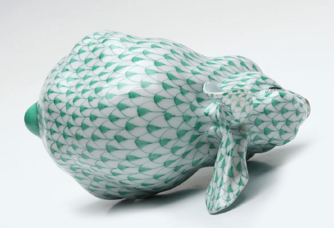 A HEREND PORCELAIN GREEN FISHNET RABBIT FIGURE - 9
