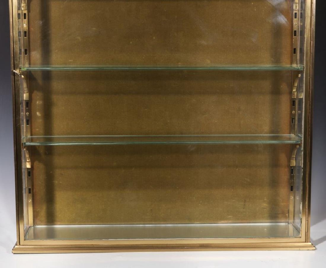 A HEAVY 20TH CENTURY SOLID BRASS DISPLAY CABINET - 5