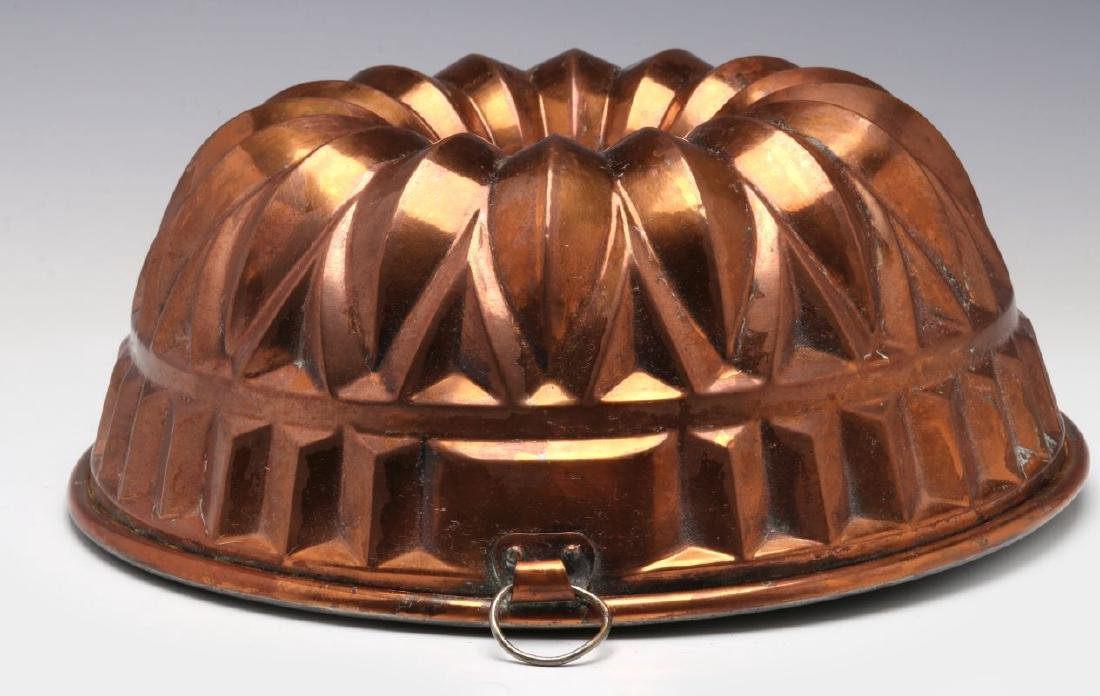 AN ANTIQUE COPPER FOOD MOLD - 4