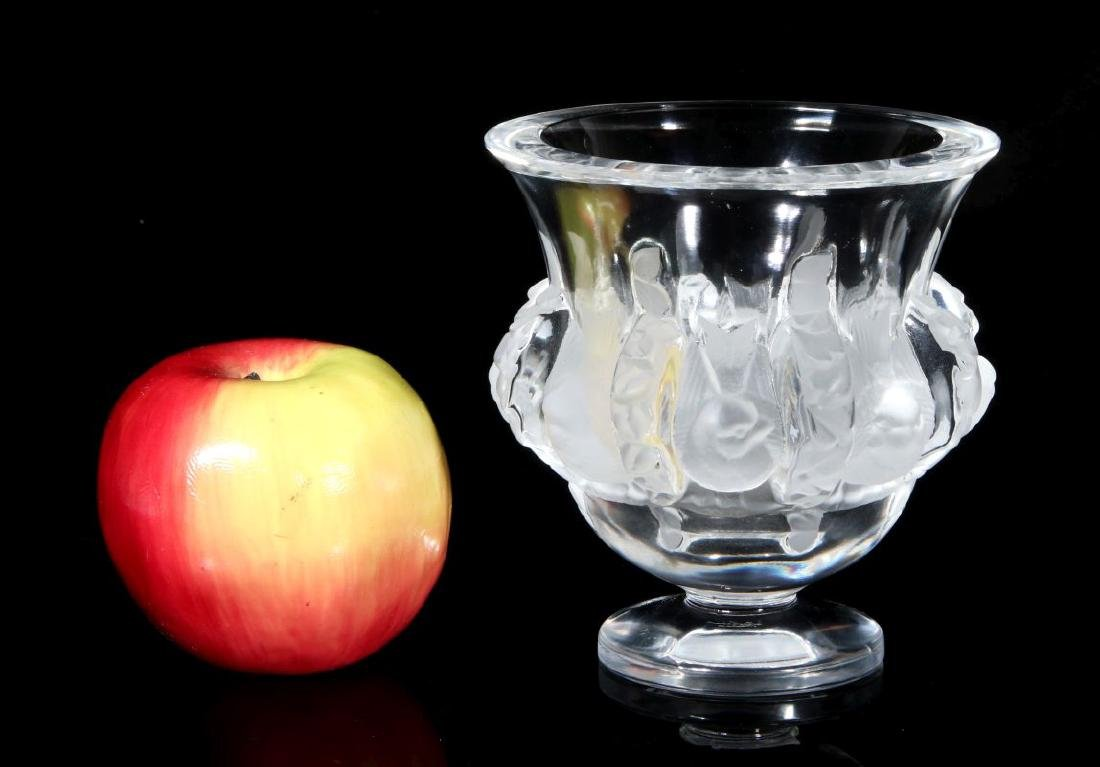 A LALIQUE FRENCH CRYSTAL 'DAMPIERRE' VASE - 2