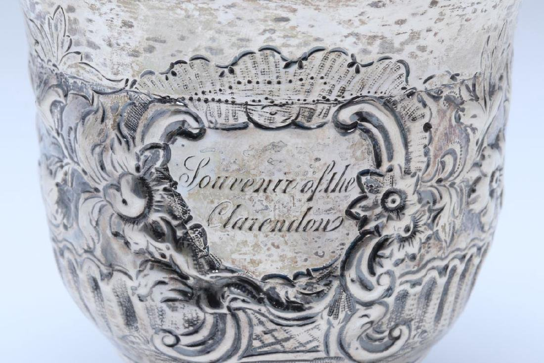A BRITANNIA SILVER VASE OR CUP ON FOOT DATED 1722 - 11