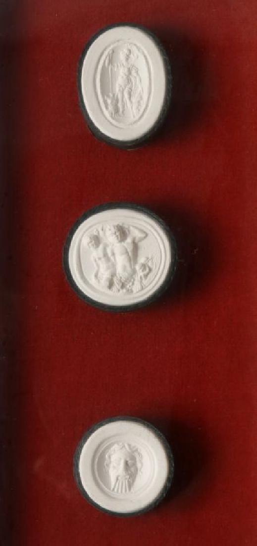 A COLLECTION OF ANTIQUE PLASTER INTAGLIOS - 9