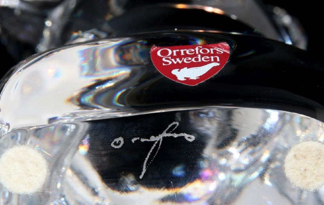 A COLLECTION OF ORREFORS CRYSTAL DECOR - 6