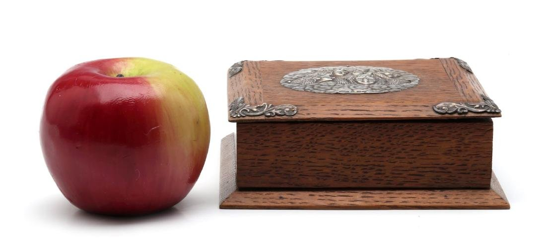 1905 OAK BOX WITH STERLING SILVER REYNOLDS ANGELS - 4