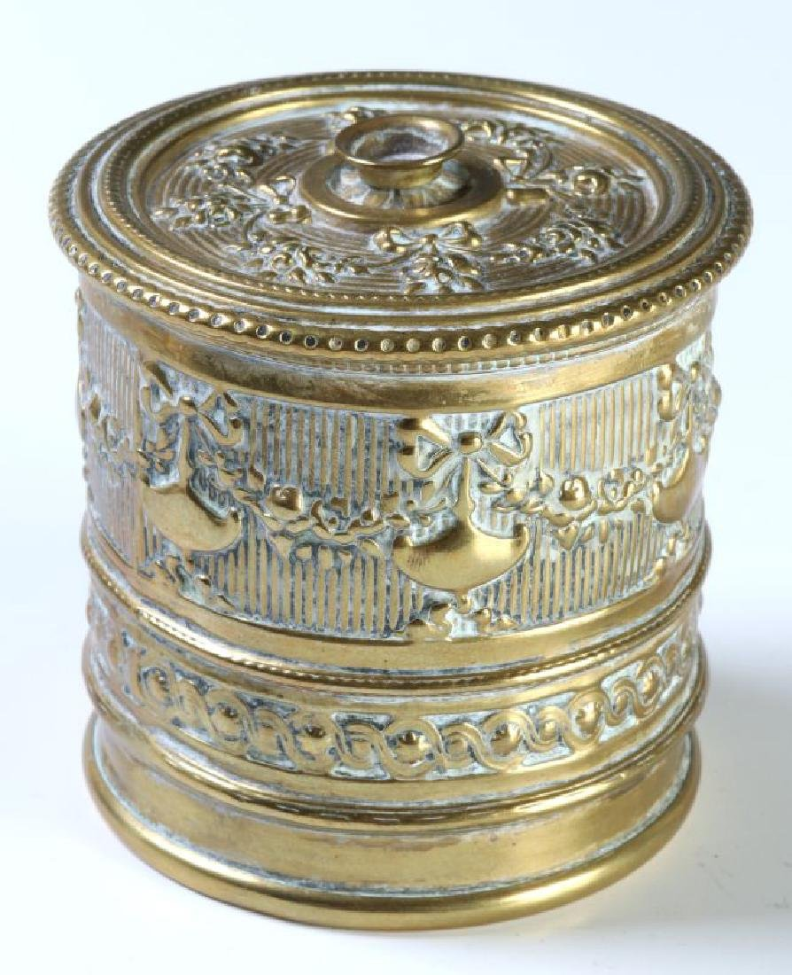 A COLLECTION OF ORNATE BRASS VICTORIAN DESK ITEMS - 5
