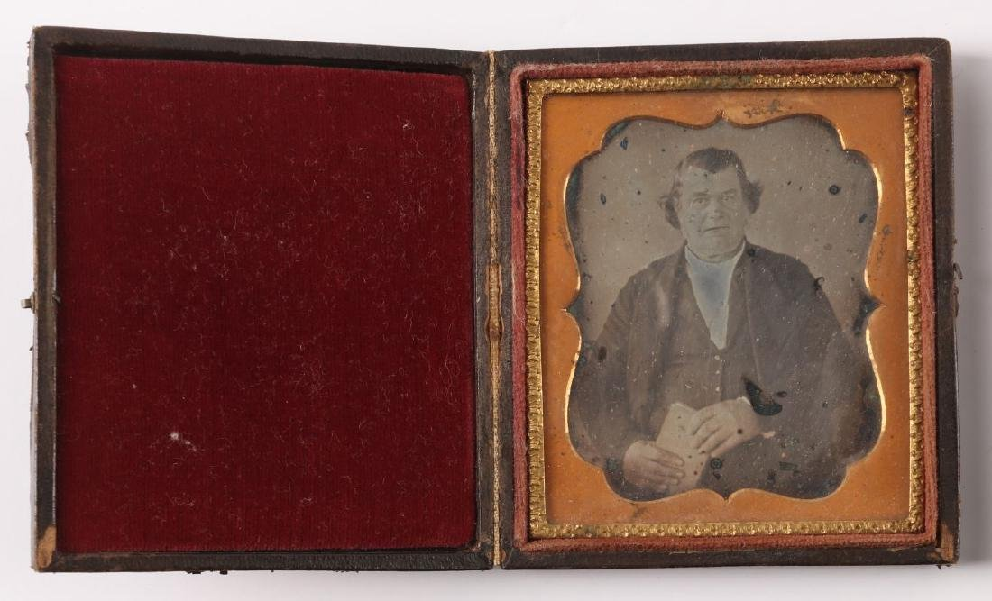 A COLLECTION OF 19TH C. IMAGES AND UNION CASES - 2