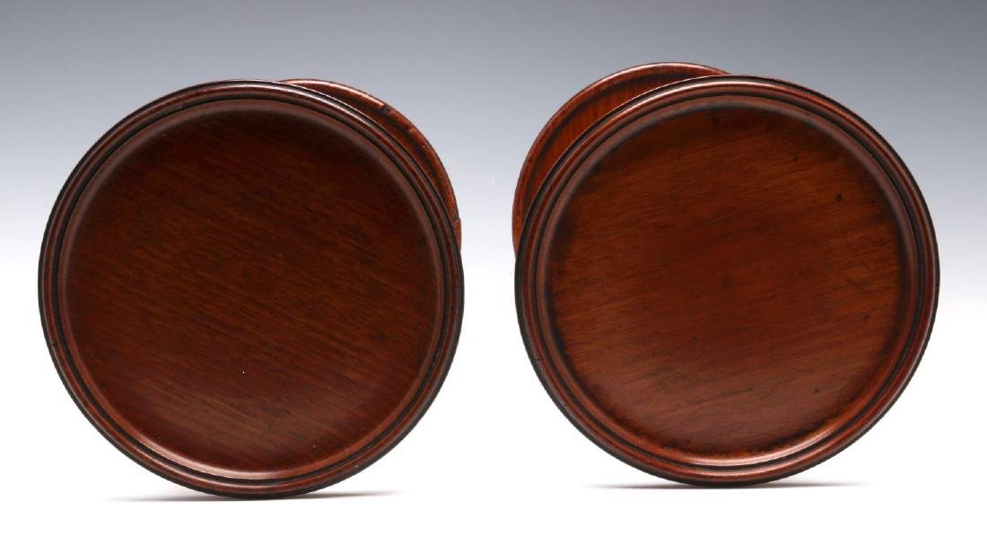 A NEAR PAIR GEORGIAN MAHOGANY TABLE-TOP STANDS - 3