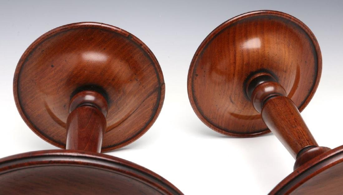 A NEAR PAIR GEORGIAN MAHOGANY TABLE-TOP STANDS - 4