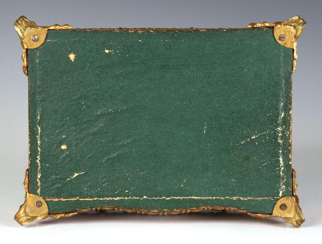 A FINE 19TH C. FRENCH KINGWOOD BOX WITH ORMOLU - 6