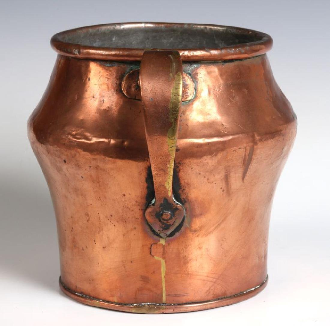 AN ANTIQUE ONE GALLON COPPER MEASURE - 3
