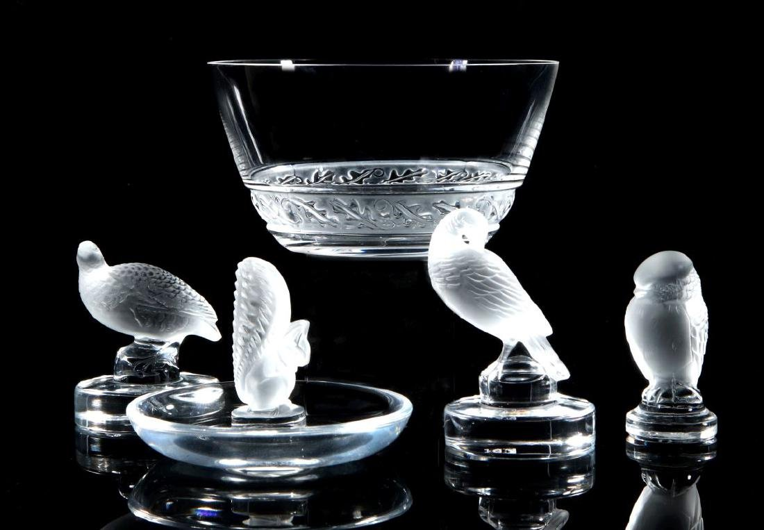 A COLLECTION OF LALIQUE CRYSTAL ITEMS