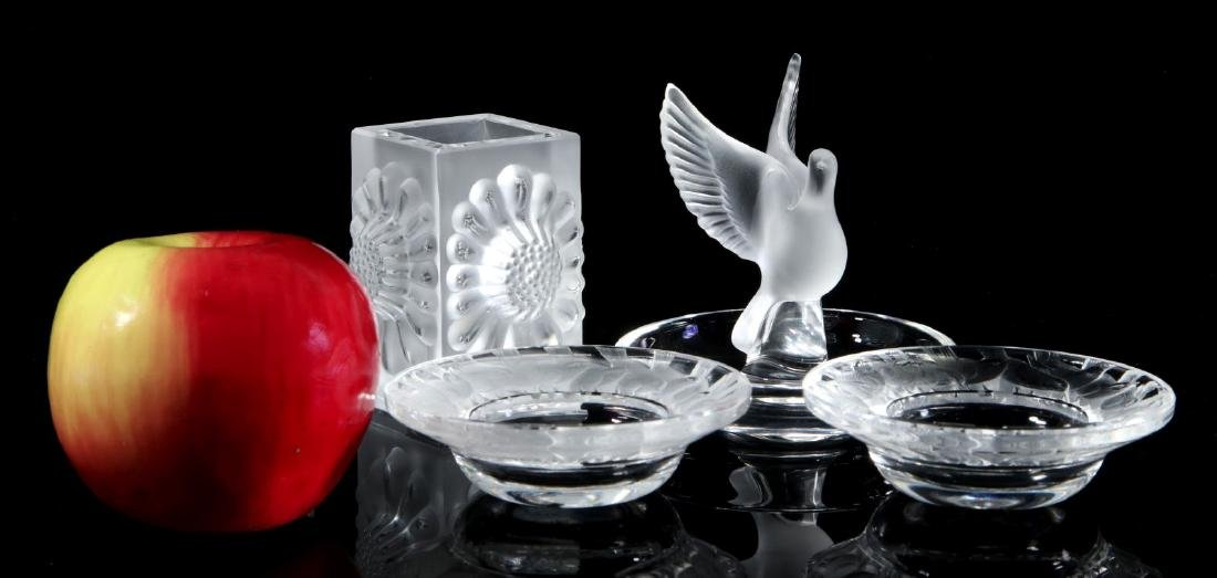 A COLLECTION OF LALIQUE CRYSTAL ITEMS - 2