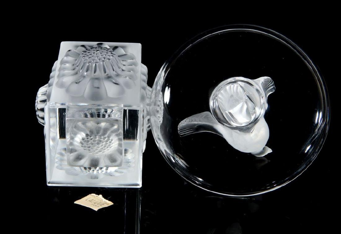 A COLLECTION OF LALIQUE CRYSTAL ITEMS - 5