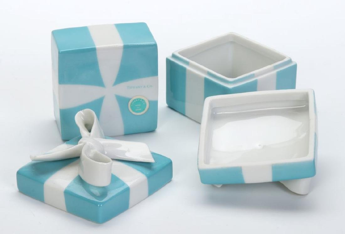 A COLLECTION OF ITEMS RETAILED BY TIFFANY & CO - 8