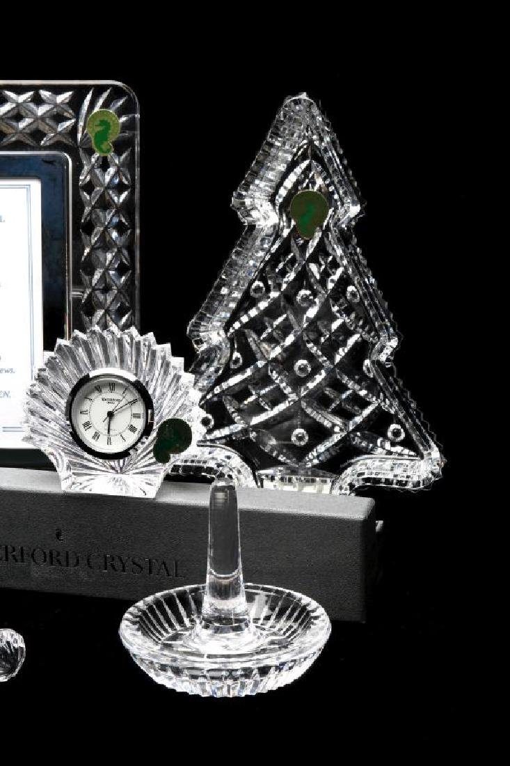 A COLLECTION OF WATERFORD CRYSTAL GIFT ITEMS - 5
