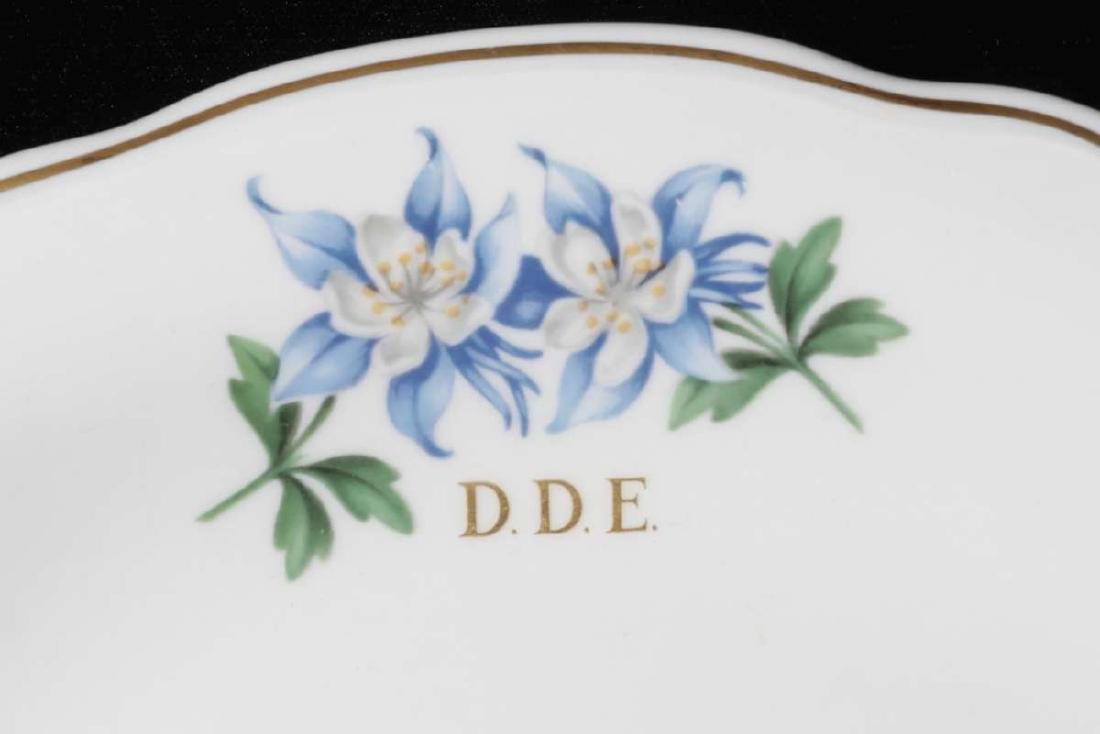 EISENHOWER'S AIR FORCE ONE COLUMBINE DINNER PLATE - 2