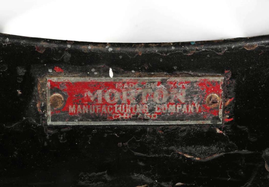 AN AT&SF SANTA FE RR MORTON STEP STOOL - 6