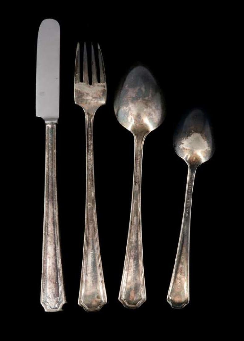 FOUR PIECES PULLMAN CO. ROOSEVELT PATTERN FLATWARE - 4