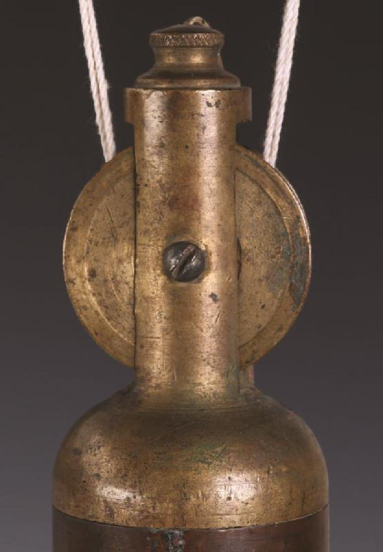 AN ANTIQUE BRASS 10 LB. PLUMB BOB - 2
