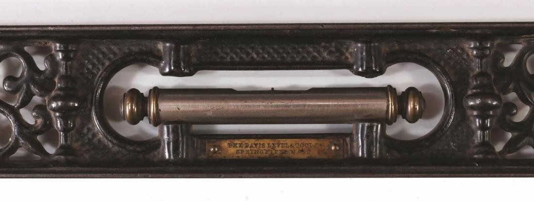 A LATE 19TH CENTURY DAVIS CAST IRON LEVEL - 3