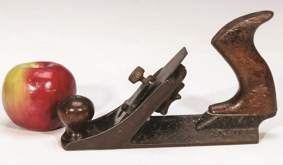 AN ANTIQUE STANLEY NO. 72 CHAMFER PLANE TYPE 2 - 4