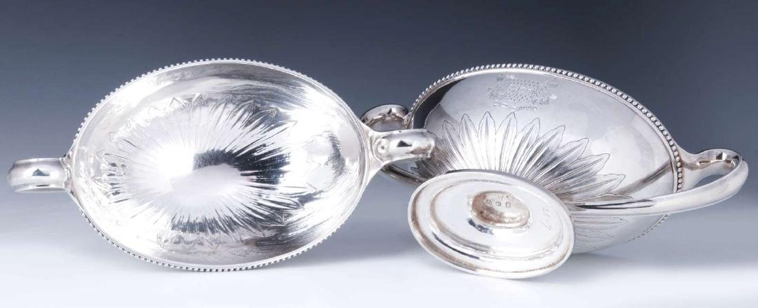 A PAIR GEORGE III STERLING SILVER SAUCE TUREENS - 4