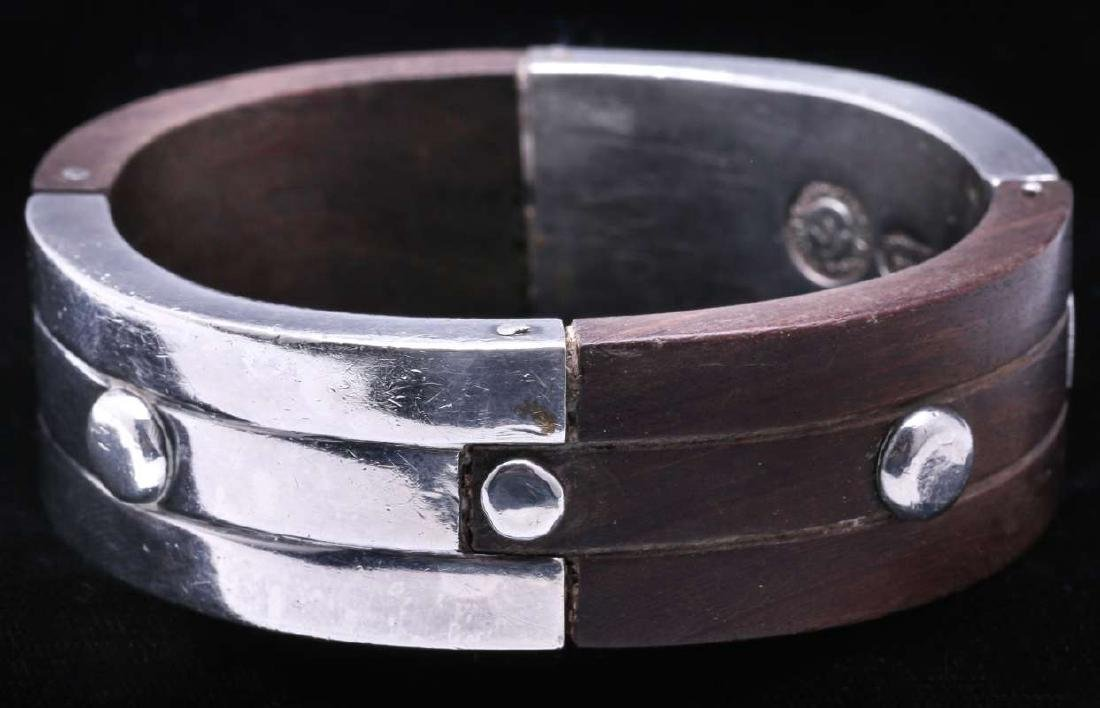 WILLIAM SPRATLING SILVER AND EBONY BRACELET C 1940