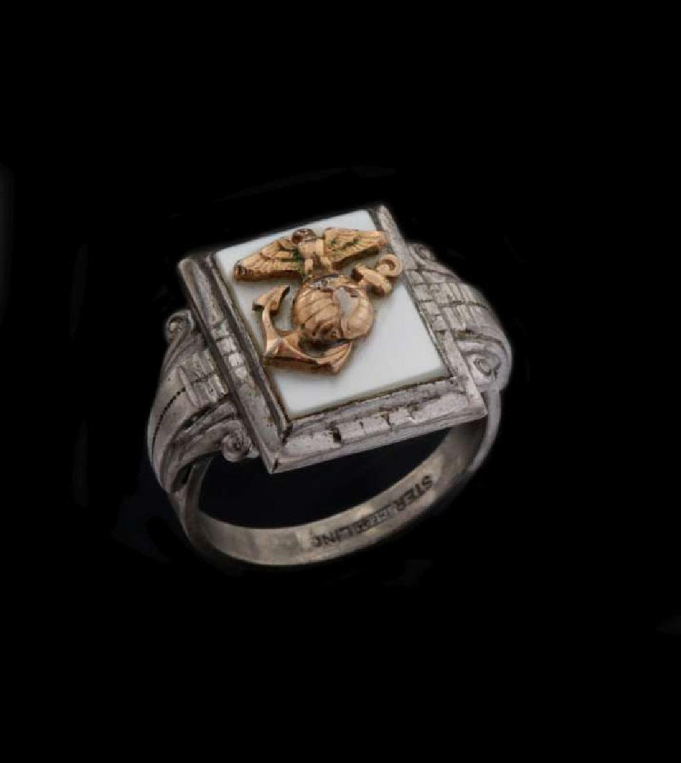 A VINTAGE STERLING U.S. MARINE CORPS RING