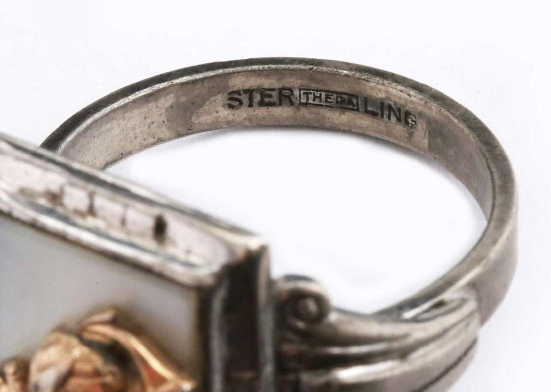 A VINTAGE STERLING U.S. MARINE CORPS RING - 7