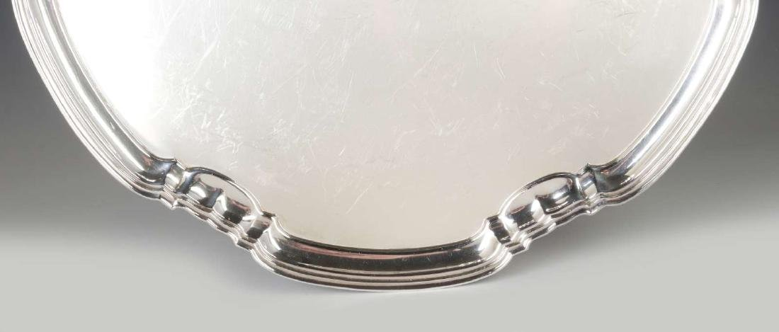 A T&CO STERLING SILVER SALVER, SHEFFIELD 1932 - 6