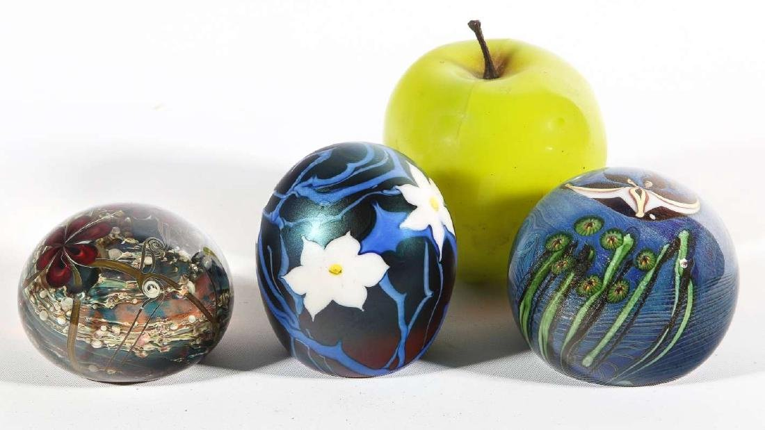 THREE 20TH CENTURY STUDIO GLASS PAPERWEIGHTS - 8