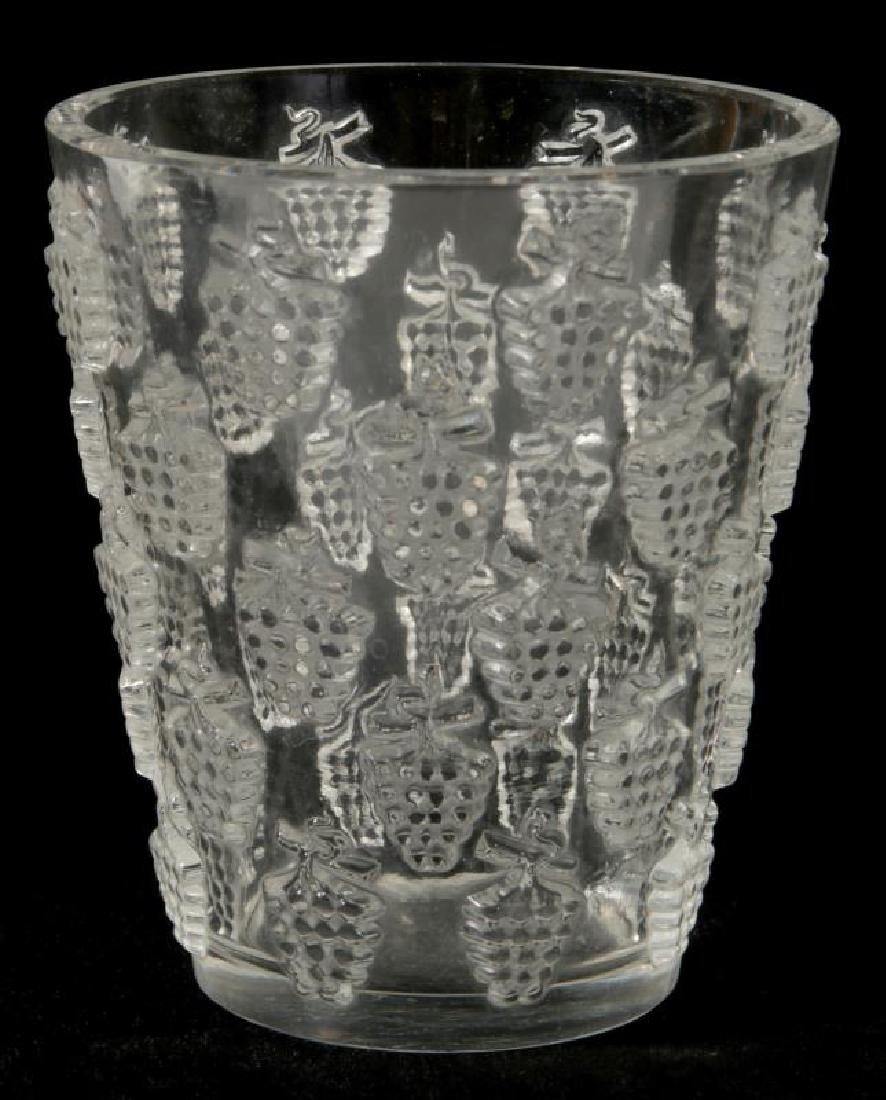 A FRENCH CRYSTAL VASE SIGNED R. LALIQUE