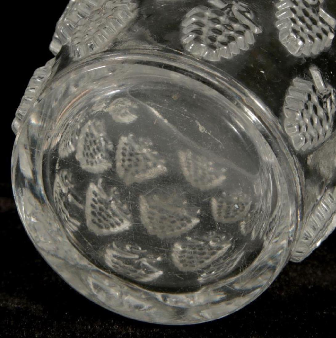 A FRENCH CRYSTAL VASE SIGNED R. LALIQUE - 5