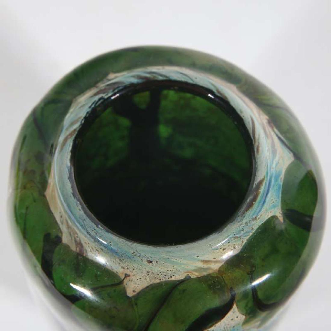 A JOHN NYGREN STUDIO GLASS VASE - 5