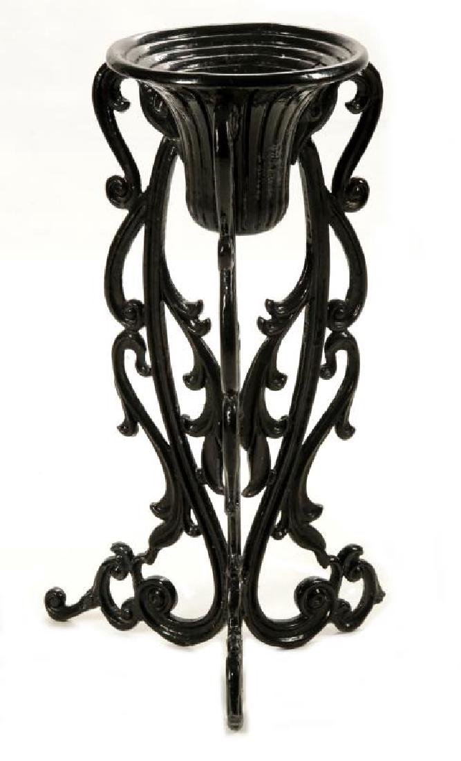 AN UNUSUAL VICTORIAN CAST IRON PLANTER ON STAND - 3