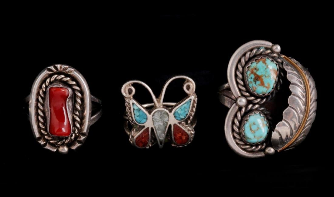 FIVE NAVAJO AND ZUNI STERLING RINGS - 3