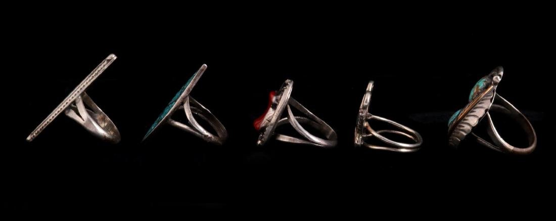 FIVE NAVAJO AND ZUNI STERLING RINGS - 4