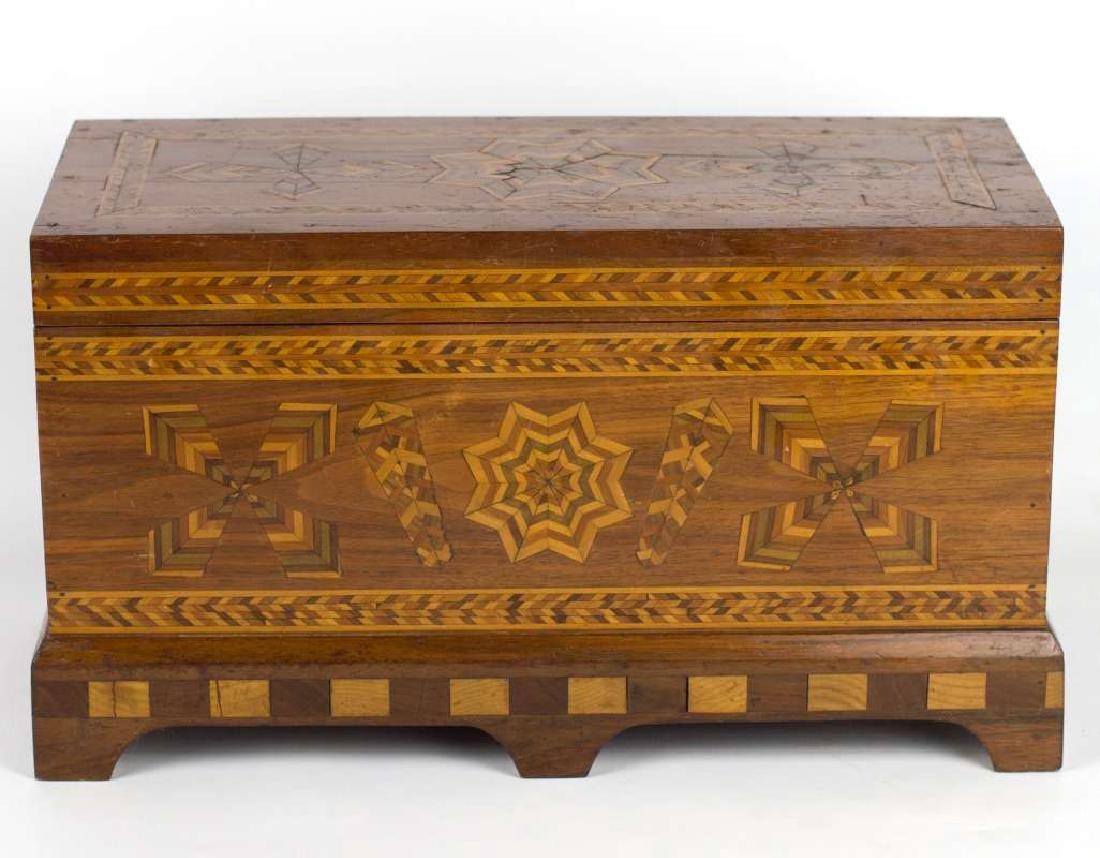 A CIRCA 1900 AMERICAN FOLK ART MARQUETRY BOX