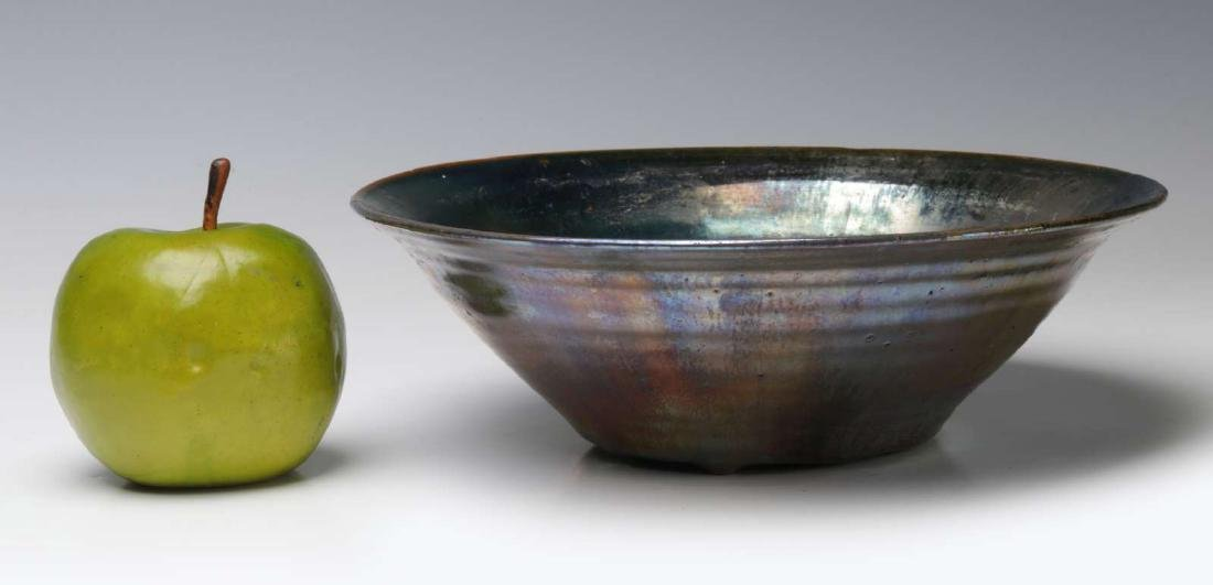 AN EARLY 20TH CENTURY PEWABIC POTTERY BOWL - 2