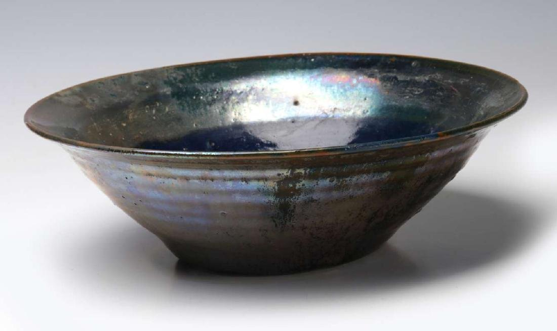 AN EARLY 20TH CENTURY PEWABIC POTTERY BOWL - 9