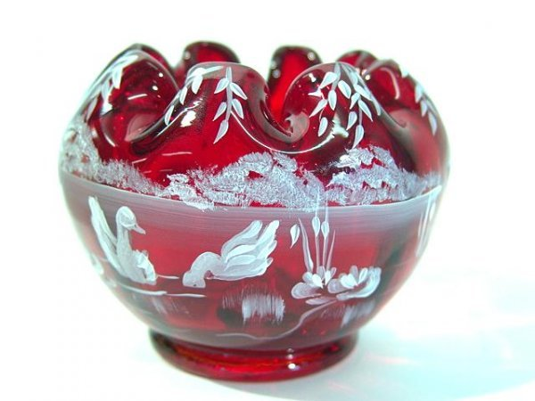 991: RED FENTON ROSE BOWL BY SHELLY FENTON