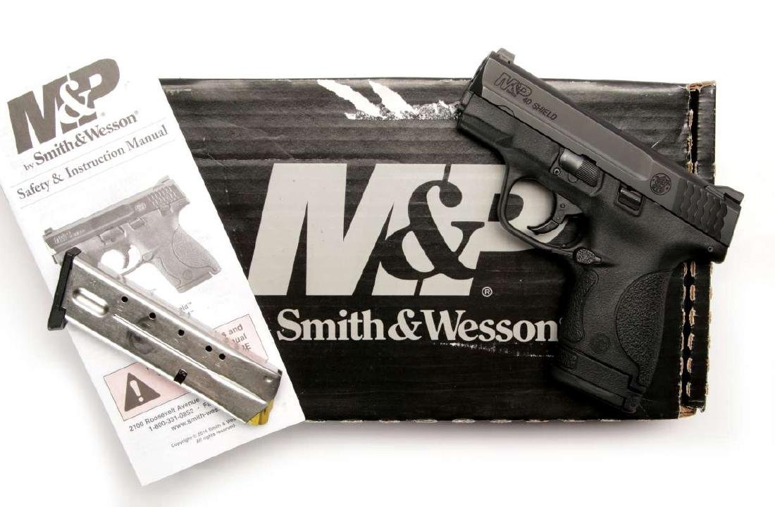 SMITH & WESSON M&P 40 SHIELD S&W 40 CAL PISTOL
