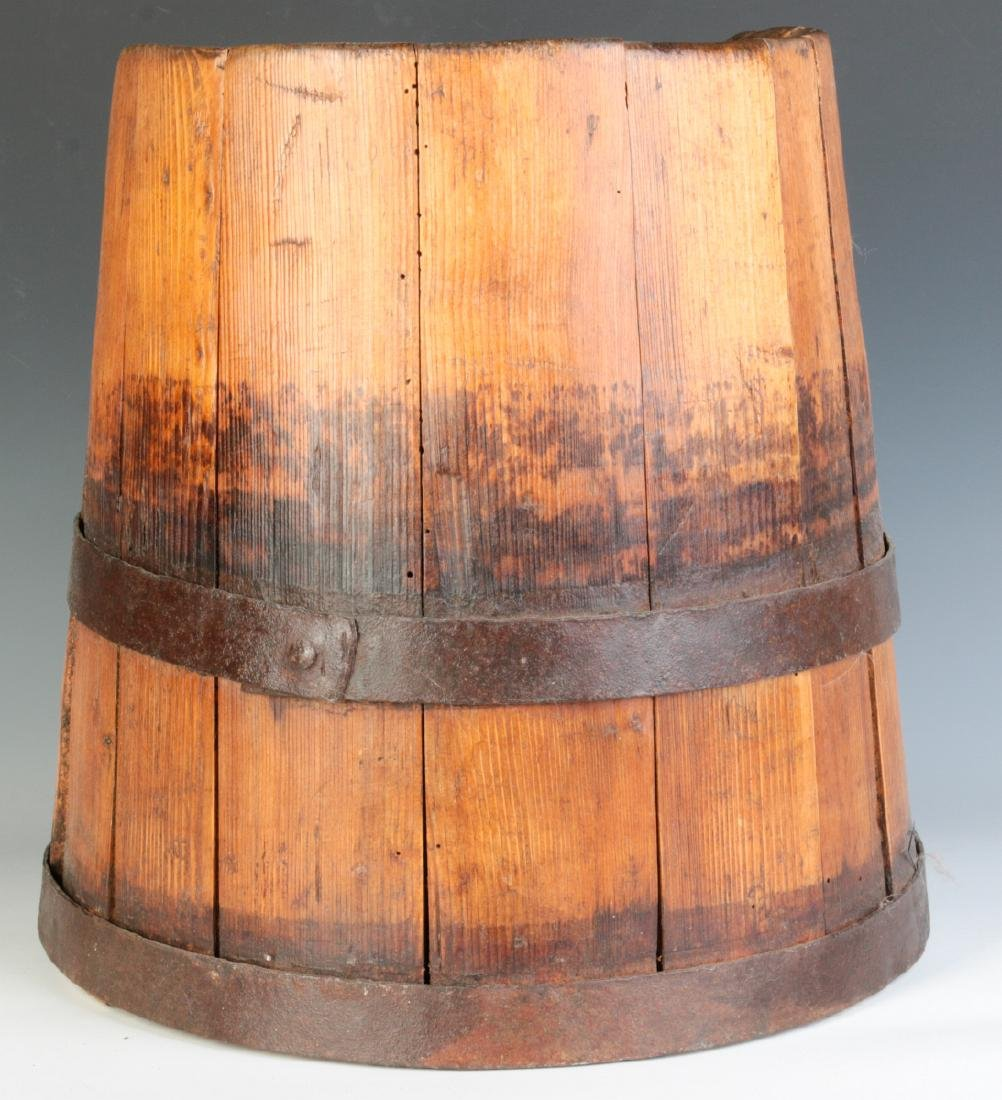 AN UNUSUAL 19TH CENTURY STAVE CONSTRUCTION BUCKET - 3