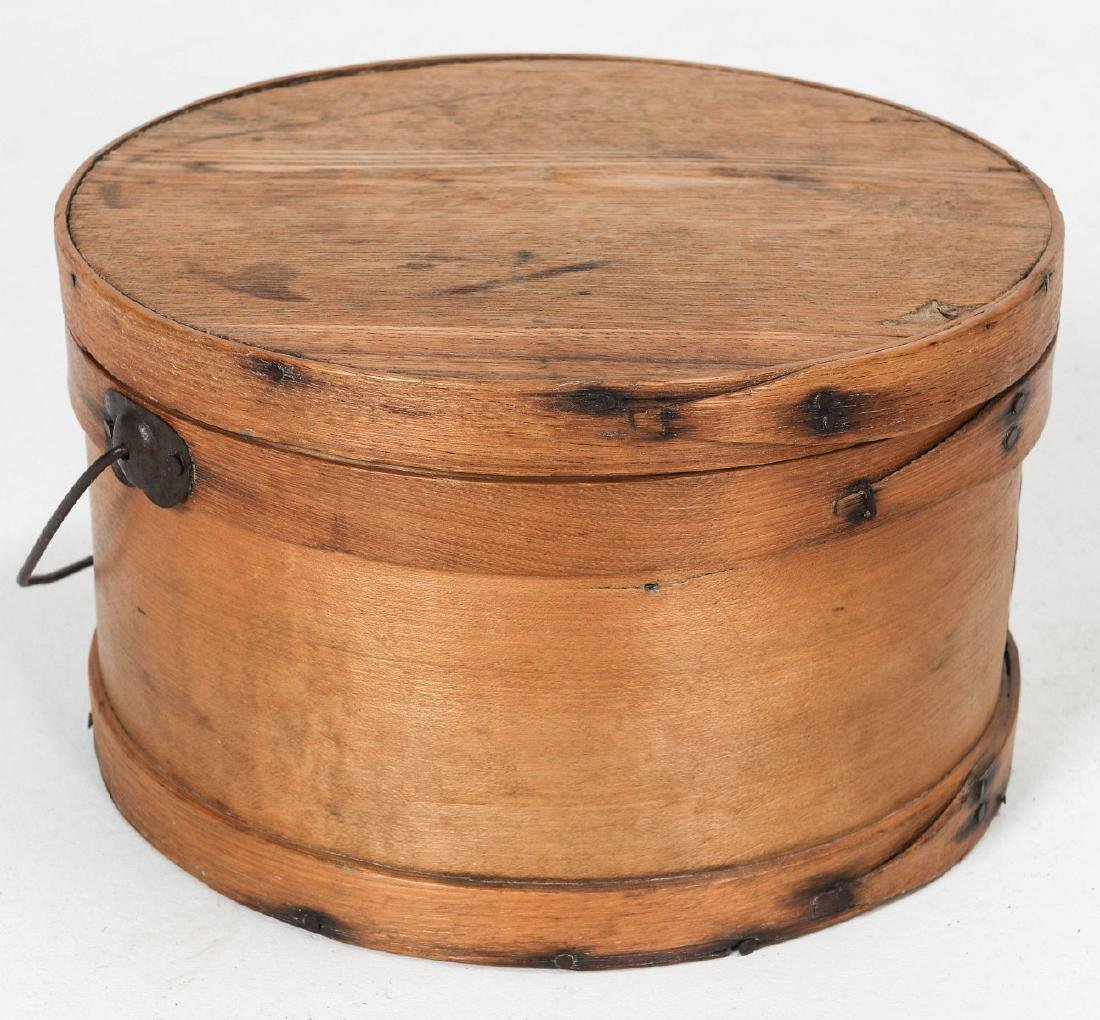A CIRCA 1900 BENTWOOD PANTRY BOX WITH BAIL HANDLE