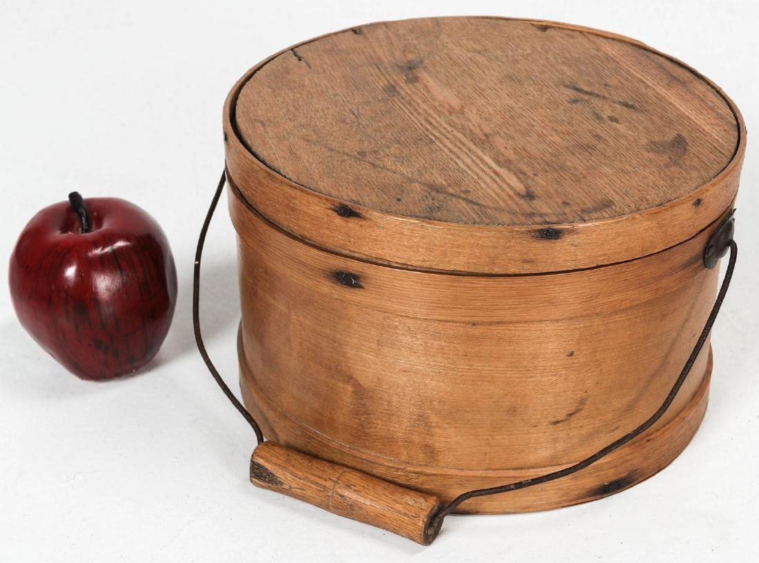 A CIRCA 1900 BENTWOOD PANTRY BOX WITH BAIL HANDLE - 2