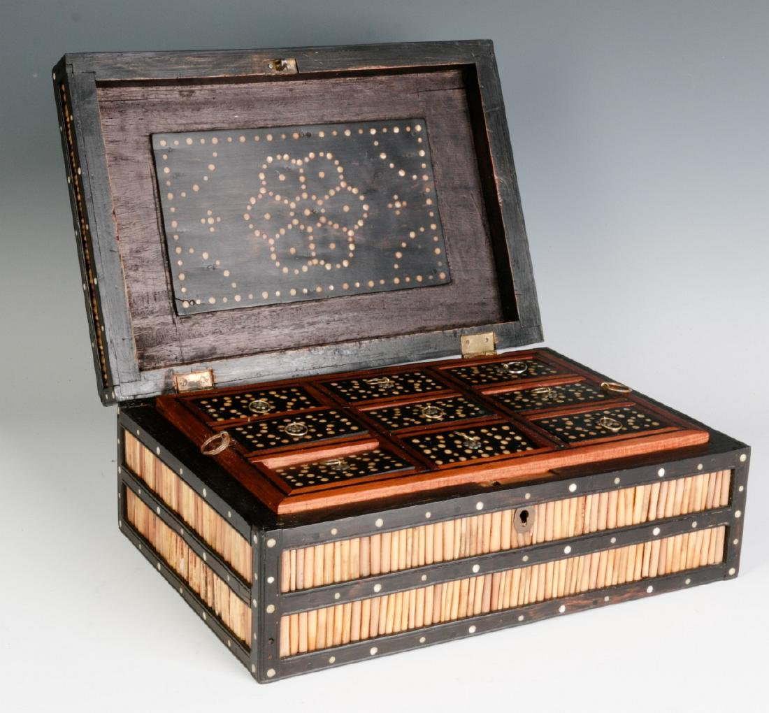AN ANGLO-INDIAN QUILL BOX WITH DIVIDED INTERIOR
