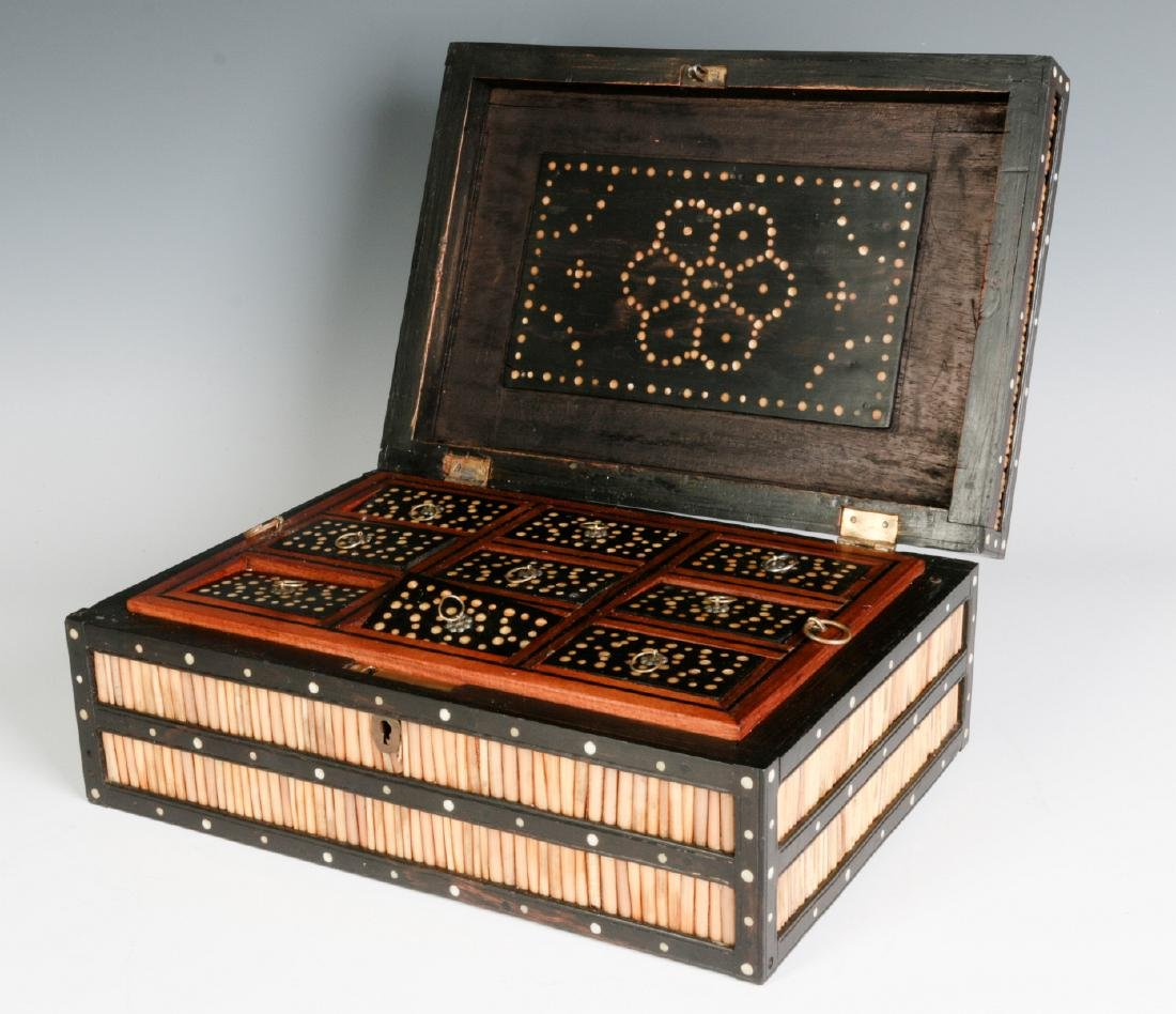 AN ANGLO-INDIAN QUILL BOX WITH DIVIDED INTERIOR - 3