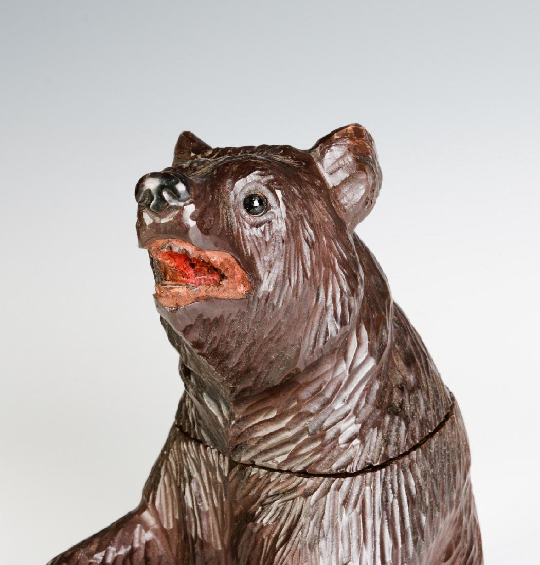 A BLACK FOREST CARVED FIGURAL BEAR CONTAINER - 9