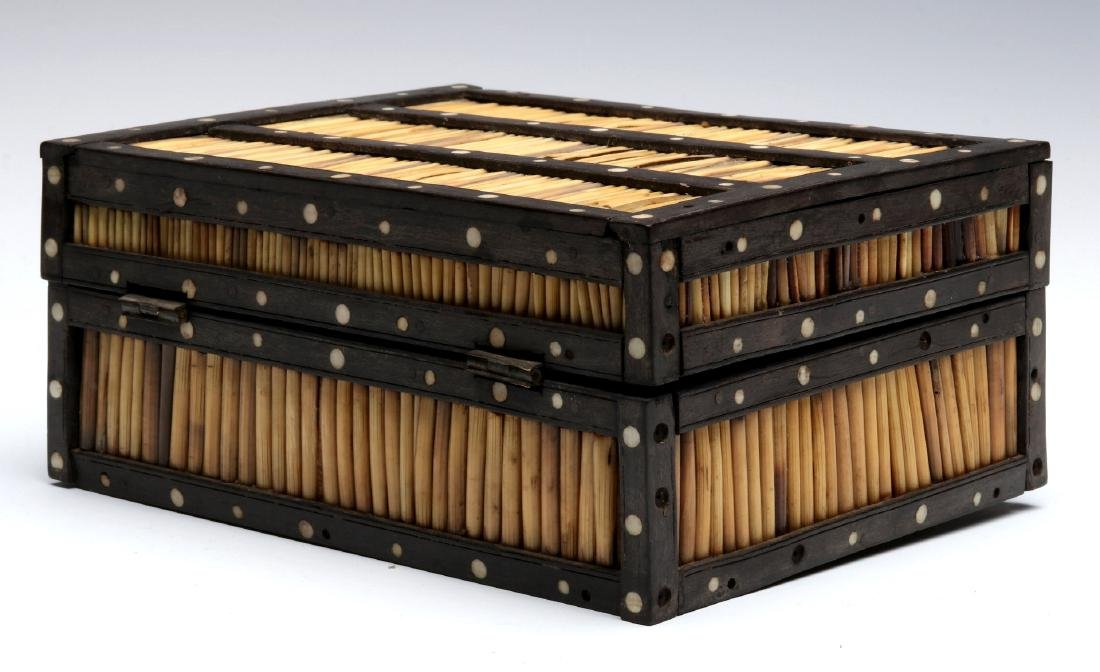 AN ANGLO-INDIAN INLAID PORCUPINE QUILL TRINKET BOX - 4